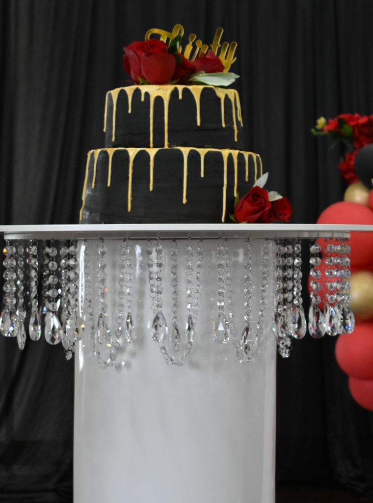 Crystal Cake Table